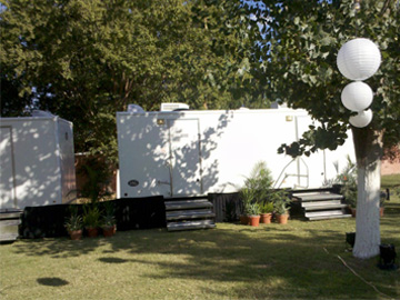 Portable Bathrooms For Weddings 2 3 8 Or 10 Stall Trailers