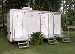 Platinum 3 Stall Portable Bathroom For Wedding